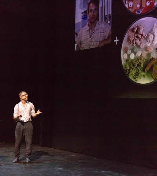 Andreas Ofenbauer vom MDC wurde vom Publikum zum Sieger des Science Slam gekürt. Bild: Moritz Haase
